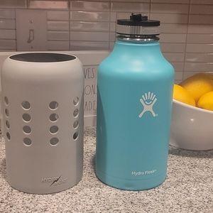 64 oz Hawaii Hydro flask with skin ,gently used